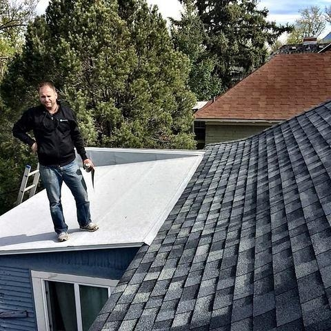 Roofer in Colorado Springs